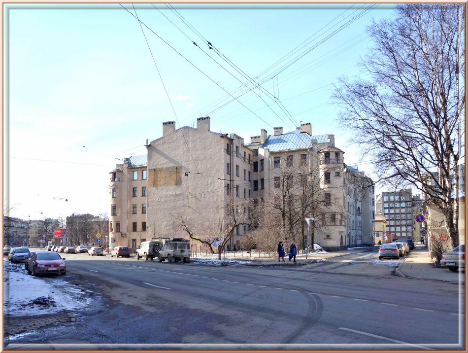 Бронирование квартиры посуточно в СанктПетербурге в